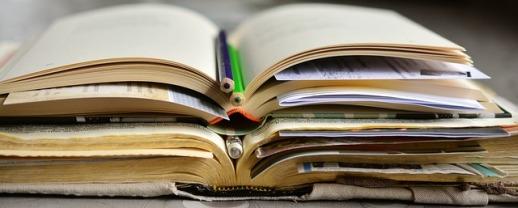 books-2158737_640